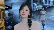 8 Foto Terkini Song Hye Kyo yang Cantik Awet Muda, Sandra Dewi Pun Terpesona