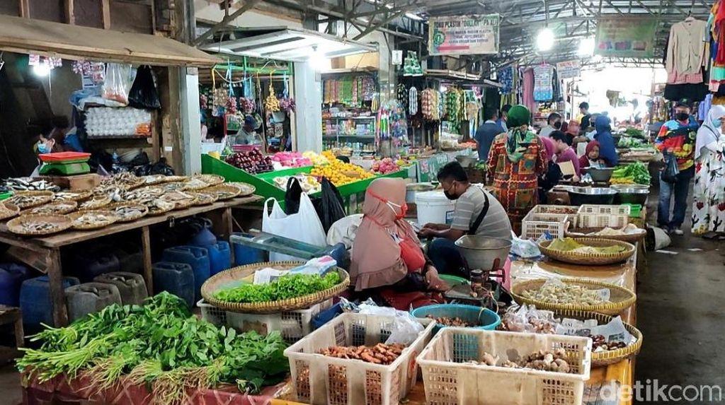 PPKM Level 3, Pasar Manis Ciamis Sepi-Omzet Pedagang Turun 70 Persen