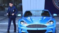 JDT Kerja Sama dengan Pabrik Mobil Mewah, Abimanyu Ikutan Jadi Model