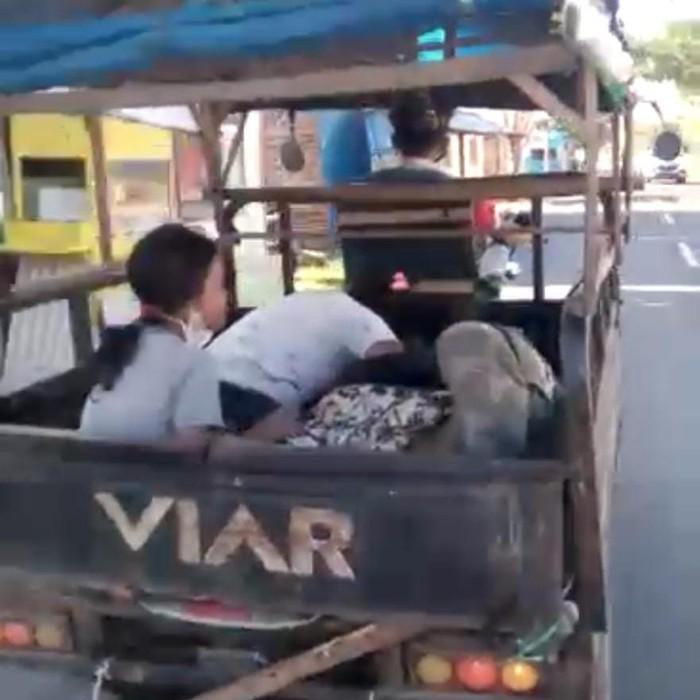 viral jenazah dibawa motor roda tiga