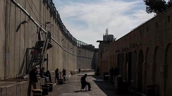 Bethlehem merupakan salah satu daerah di Tepi Barat yang diduduki Israel, di mana Palestina menjalankan pemerintahan sendiri. Getty Images/Chris McGrath