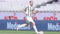 Allegri Simpan Ban Kapten Juventus untuk Chiellini