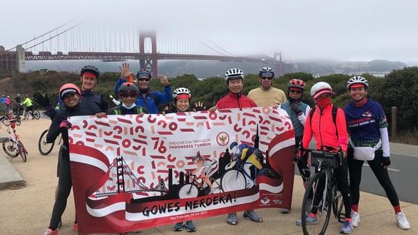 Para peserta dapat memilih rute 17 Agustus, yakni bersepeda dengan jarak 17 mil (23 km) atau rute Maju Tak Gentar yakni bersepeda dengan 34 mil (50 km) dengan penuh semangat menyusuri kota San Francisco, Sausalito dan Tiburon yang menanjak dan penuh tantangan. (dok. KJRI San Fransisco)