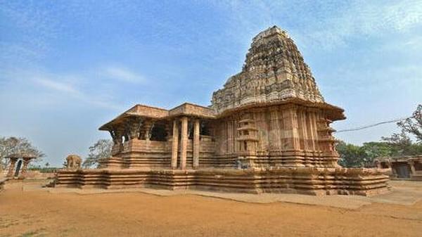 Selanjutnya ada Kuil Kakatiya Rudreshwara abad ke 12 di India. Dok. ASI via www.whc.unesco.org.