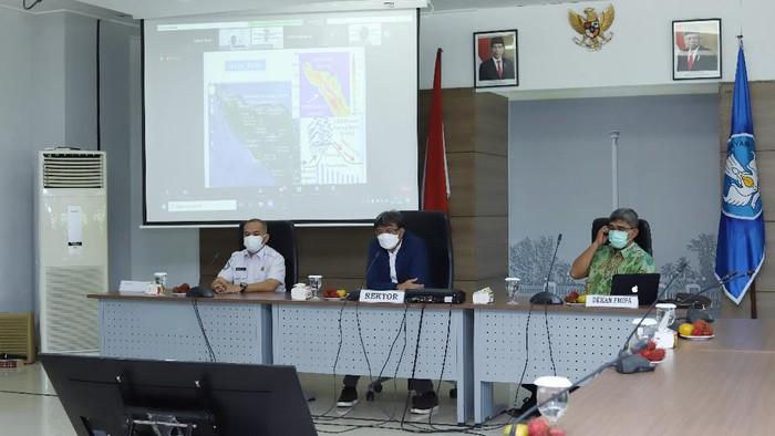 Konferensi pers USK dan BMKG di Aceh (dok. Istimewa)