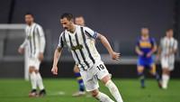 Allegri: Bonucci Mau Ban Kapten Juventus? Beli Saja