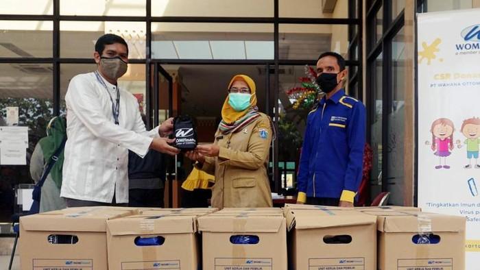 Melihat perkembangan pandemi COVID-19 yang terus tak menentu, PT Wahana Ottomitra Multiartha Tbk (WOM Finance) terus tergerak meringankan beban masyarakat. Ini salah satunya.