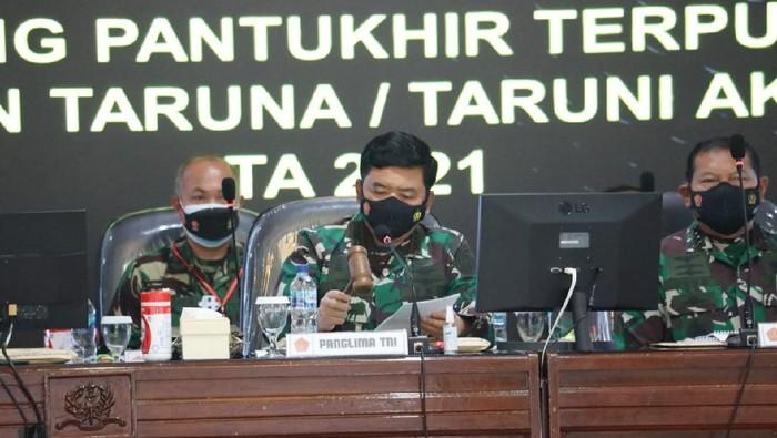 Panglima TNI Marsekal Hadi Tjahjanto pimpin sidang Pantukhir Akademi TNI
