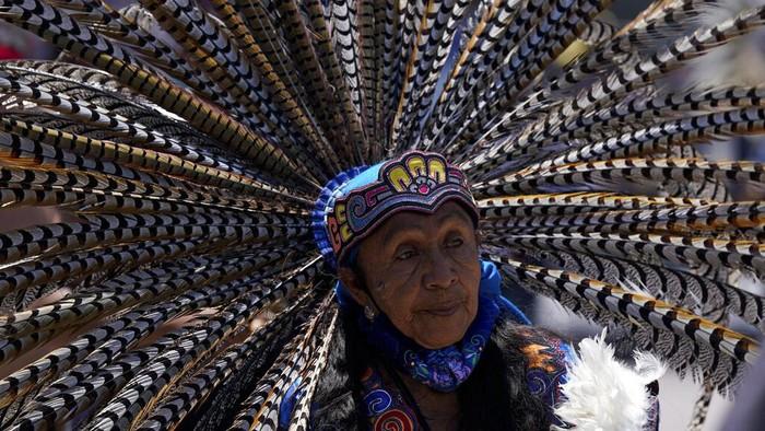 Peradaban Aztec merupakan salah satu peradaban terbesar Amerika yang terletak di Meksiko Tengah dan Selatan, hingga kini warganya tetap rutin menggelar festival. Begini potretnya.