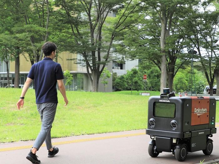 Honda kembangkan Robot Pengantar Barang Pengganti Kurir di Jepang