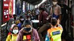 Menilik Suasana KRL Jakarta di Masa PPKM Level 4
