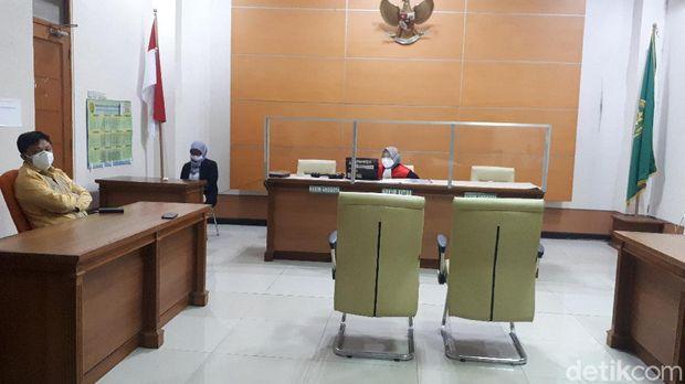 Suasana Sidang Putusan Praperadilan Angin Prayitno