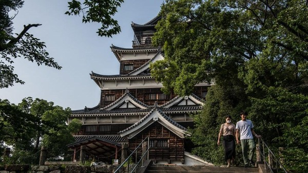 Salah satu destinasi yang terdampak adalah Asakusa yang merupakan destinasi wisata populer di Tokyo. Carl Court/Getty Images.