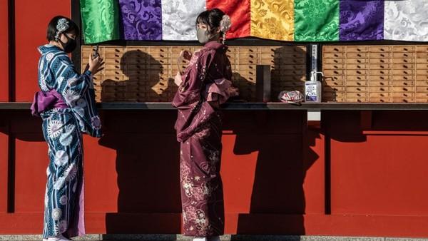 Misalnya salah satu distrik fashion kelas atas dekat Ometesando yang juga tak terjamah kunjungan manusia. Carl Court/Getty Images.