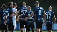 Calhanoglu Gemilang, Inter Gilas Crotone 6-0
