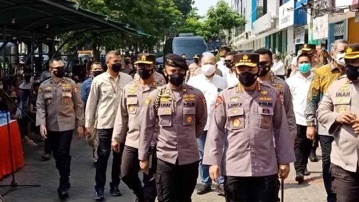 Kapolri Jenderal Listyo Sigit Prabowo tinjau Pasar Modern BSD, Tangsel