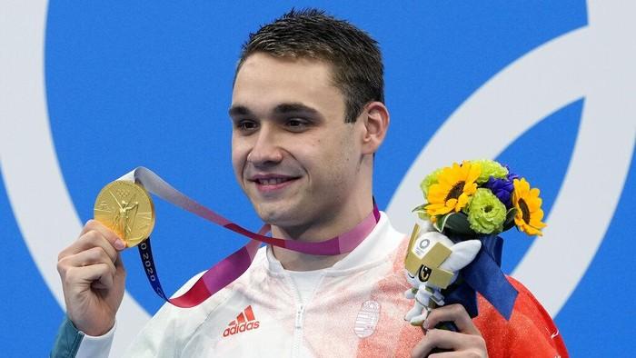 Kristof Milak perenang Hungaria menang medali emas di nomor 200 m gaya kupu-kupu pria, Olimpiade Tokyo 2020.