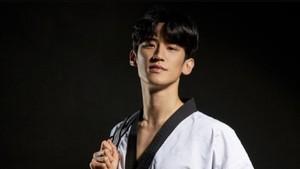 8 Potret Lee Dae Hoon, Atlet Taekwondo Ganteng Viral di Olimpiade Tokyo