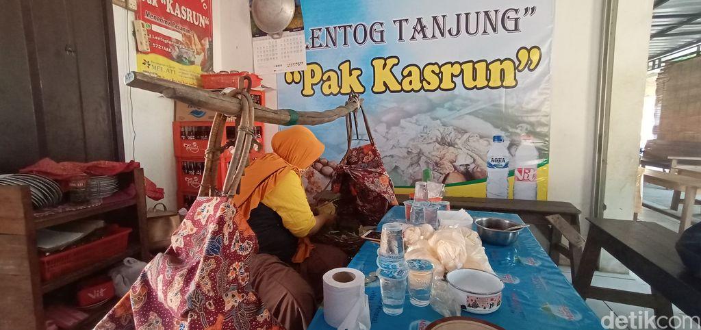 Lentog Tanjung, Kuliner Kudus Nikmat Berisi Lontong dan Sayur Tahu