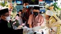 Kisah Pemilik PO Bus Gelar Akad Nikah Anak di Dalam Bus Saat PPKM Level 4