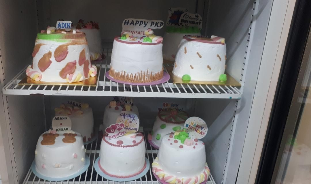 Mulia! Baker Ini Jual Kue Ultah Rp 18 Ribu untuk Orang Tak Mampu