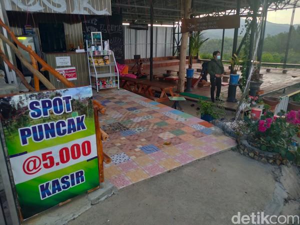 Tempat ini memiliki luas lahan 2,8 hektar. Rahmat Prasteyo, sang pemilik, mengaku terpaksa menjual separuh lahan obwis ini karena sudah tak punya penghasilan imbas pandemi Corona. (Jalu Rahman Dewantara/detikcom)