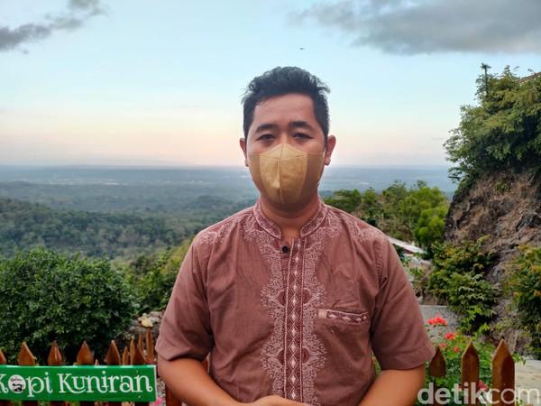 Rahmat berharap nantinya calon pembeli bisa memanfaatkan lahan Gunung Kuniran untuk dijadikan sebagai tempat wisata, sehingga bisa dikolaborasikan dengan obwis yang ia kelola. (Jalu Rahman Dewantara/detikcom)