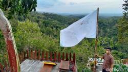 Kas Minus, Lahan Wisata Gunung Kuniran Dilego!