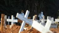 Temaram Perjuangan Penggali Kubur Bekerja 24 Jam