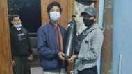 Aksi Relawan Bantu Warga Mojokerto yang Butuh Oksigen dan Ambulans
