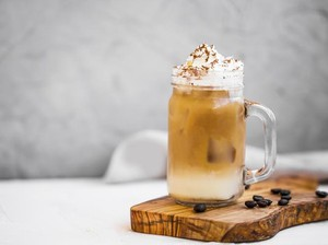 Resep Iced Biscoff Latte ala Kafe yang Manis Segar