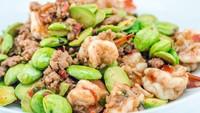 Resep Udang Pete Pedas Manis Buat Lauk Makan Siang