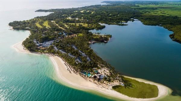 Resor One&Only, yang mengoperasikan properti di 10 negara sedang membangun komunitas pribadi yang terdiri dari 52 vila di pantai timur Mauritius.
