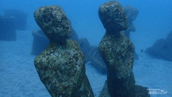 Patung Waspada COVID. Sumber foto Bobby Nababan