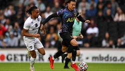 Hasil Laga Pramusim: Tottenham Tekuk MK Dons, Atletico Madrid Tumbang