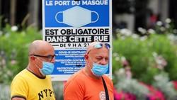 Menyebarnya COVID-19 varian delta, membuat otoritas lokal di Prancis kembali memberlakukan aturan wajib memakai masker dan pembatasan lainnya.