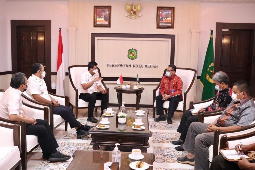 Walkot Medan Bobby Nasution meminta pendampingan BPKP untuk penyaluran bansos Corona. (dok Pemko Medan)