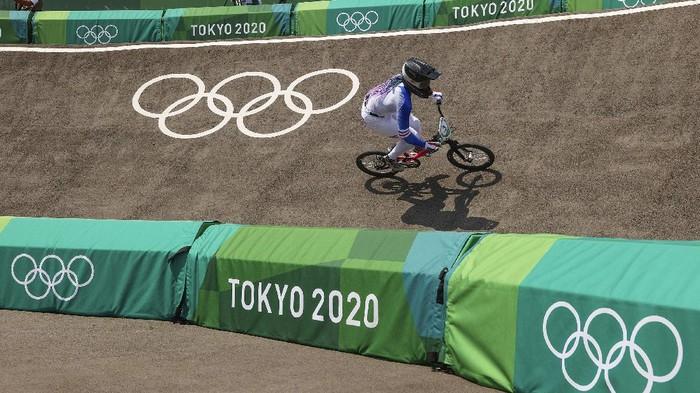 Sepeda buatan Gresik yakni Thrill Bicycle ikut berlaga di Olimpiade Tokyo 2020. Penasaran seperti apa potretnya? Yuk, lihat.