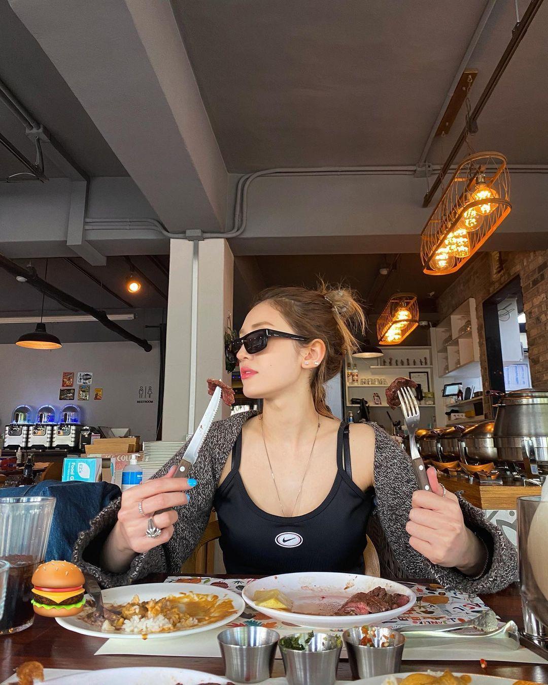 Diet Artis Korea Somi, Makan Pisang hingga Turun BB 4 Kg Seminggu