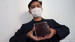 Lima mahasiswa Universitas Padjadjaran ciptakan inovasi untuk bantu turunkan kecanduan rokok di Indonesia. Inovasi itu berupa permen atau Iozenges. Penasaran?