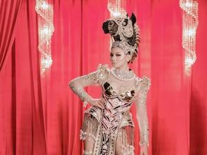 Bangga, Jihane Almira Juara National Costume di Miss Supranational 2021