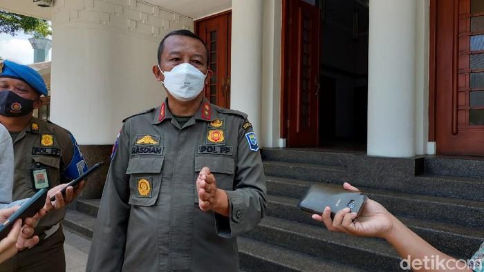 Kepala Satpol PP Bandung Rasdian
