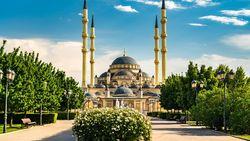 Negara Ini Larang Jamaah yang Belum Vaksin Masuk Masjid