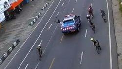 Akhir Damai Mobil Rescue Takalar Tabrak Lari Pesepeda di Makassar