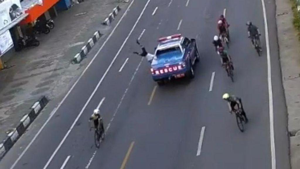 Tabrak Lari Pesepeda di Makassar, Sopir Mobil Rescue Ngaku Ngantuk-Panik