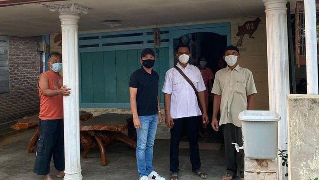 Ortu Ayu Ting Ting Datangi Rumah Pembully Saat PPKM hingga Wafer Isi Silet