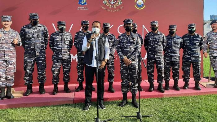 Pangkoarmada II Laksda TNI Dr Iwan Isnurwanto dan Wali Kota Surabaya Eri Cahyadi