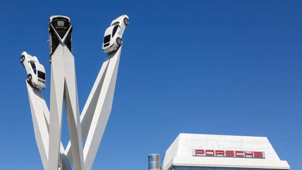 Setelah SpaceX Cs, Porsche Juga Mau ke Luar Angkasa