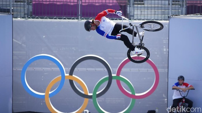 Anthony Jeanjean of France makes a jump during a BMX Freestyle training session at the 2020 Summer Olympics, Tuesday, July 27, 2021, in Tokyo, Japan. (AP Photo/Ben Curtis)