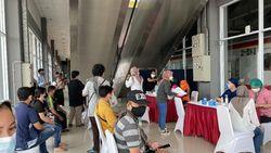 Stasiun Bukit Duri Sedia 150-300 Dosis Vaksin Per Hari Sampai 17 Agustus